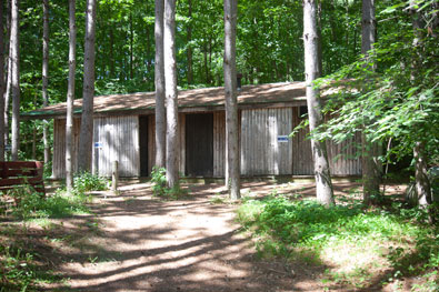 family cabins 3-Season Shower House Near the Group/Family Cabins