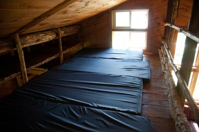 family cabins group cabins retreat cabins Lakeside Cabin Loft Mattresses